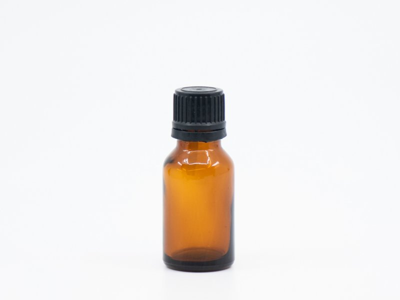 Bottle of 20 ml with dropper